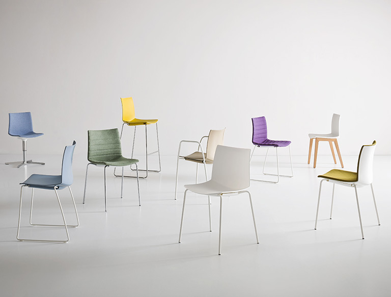 KANVAS-Chairs-Stools