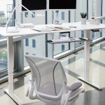 17_humanscale_float_height_adjustable_table_edit7-800x800