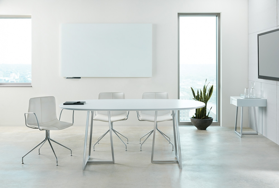 Nucraft_Two4Six_MeetingTable_open-frame-base_LR_3_976_657
