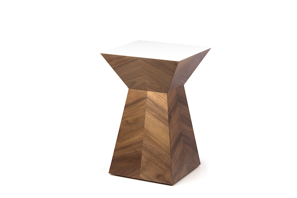 JKVertex table (walnut:white)